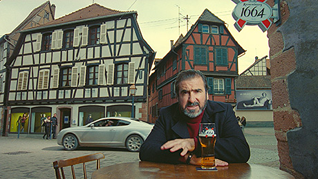 Football legend Eric Cantona toasts the hop farmers of Alsace in the new Kronenbourg ad.